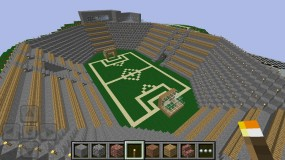 Футбольное поле в Minecraft Pocket Edition
